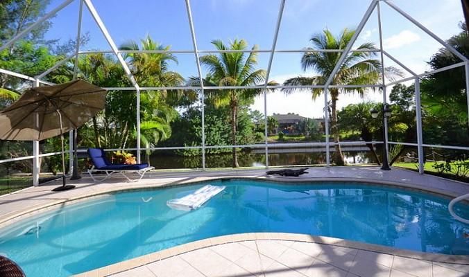 Popular Villa IBIS, Cape Coral, Luxus Ferienhaus mit Pool am Kanal und  DL29